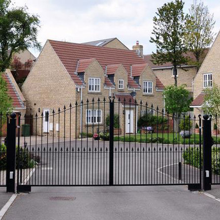 Perimeter Gates and Barriers Installers Manchester